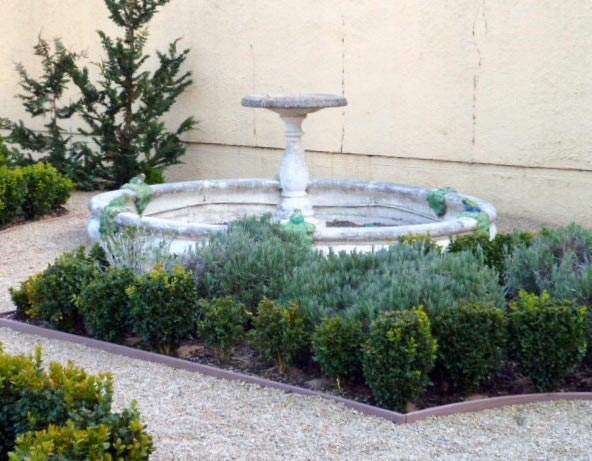 04-neal-fountain-meander